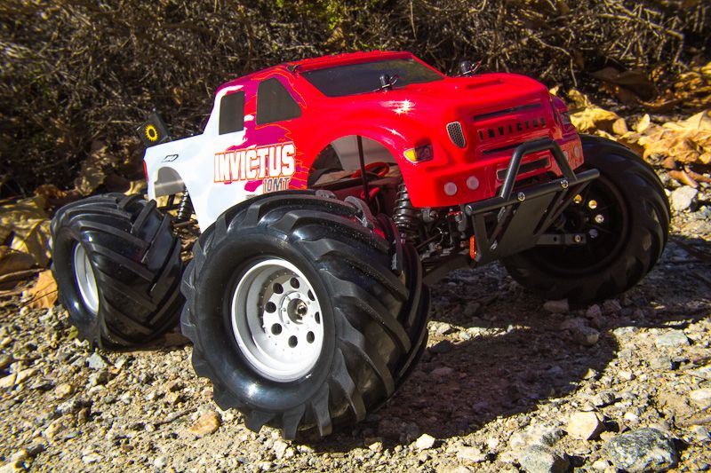 Invictus 10 MT Monster Truck